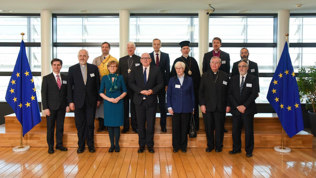 Верске заједнице ће помоћи у обликовању будућности Европе, рекао је мормонски вођа на састанку Европске комисије