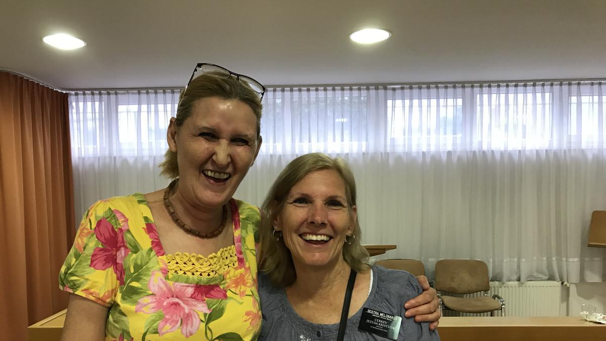Sestra Slavica Kuhar in Sestra Melonakos