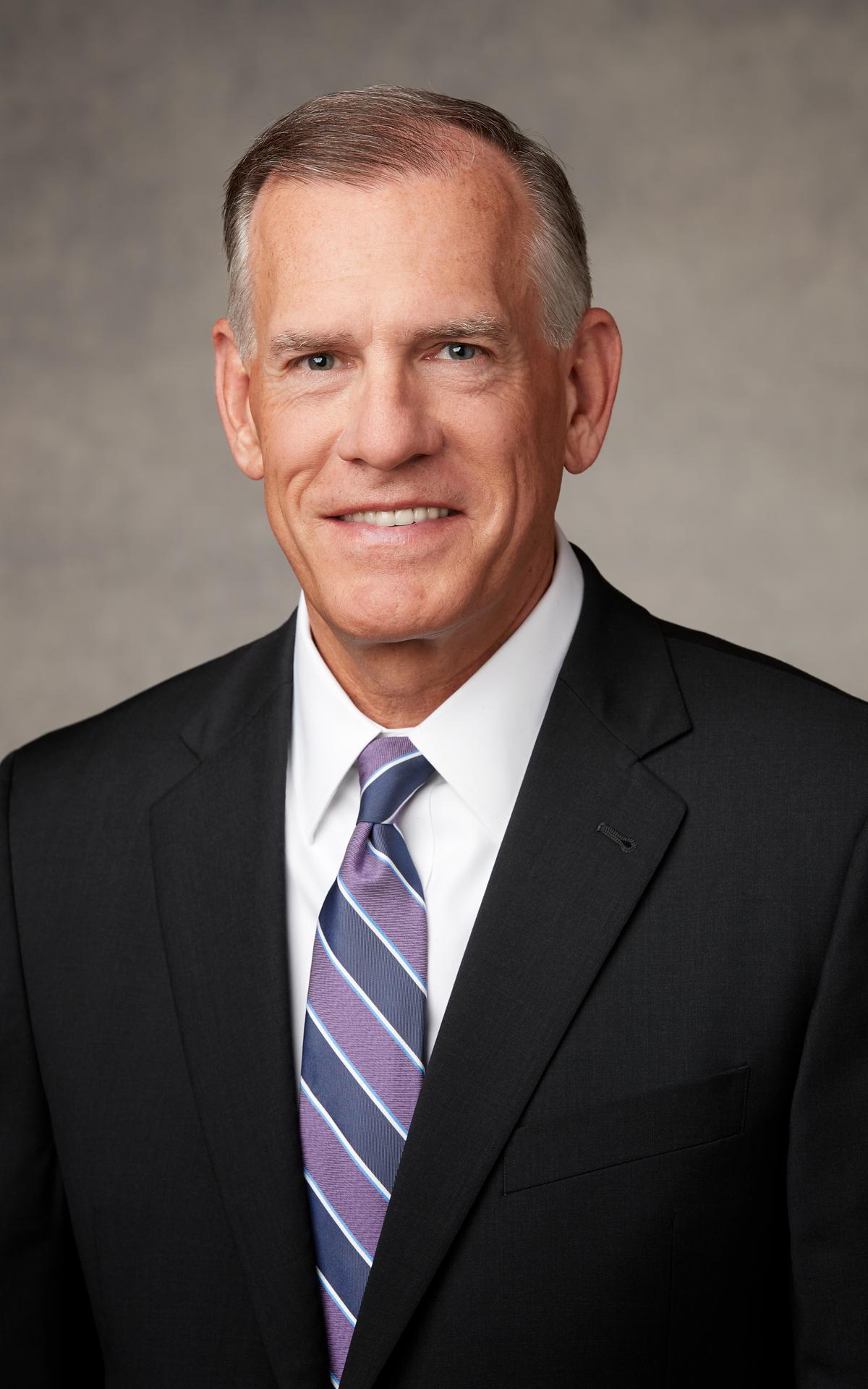 Starešina Steven R. Bangerter