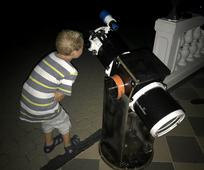 Nečekaný bonus byl také velký hvězdářský dalekohled a pozorování Saturnu s prstencem a Jupitera