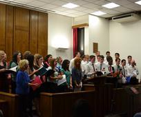 Les missionnaires chantent