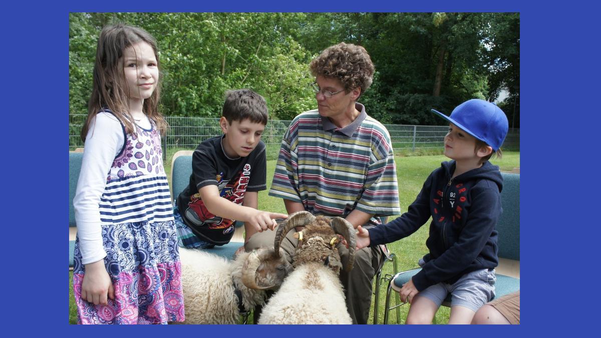 Fred und Jimmy besuchen die Kinder