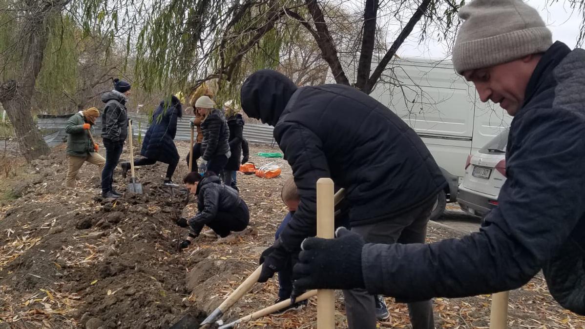 Planting Neighborhood Gardens