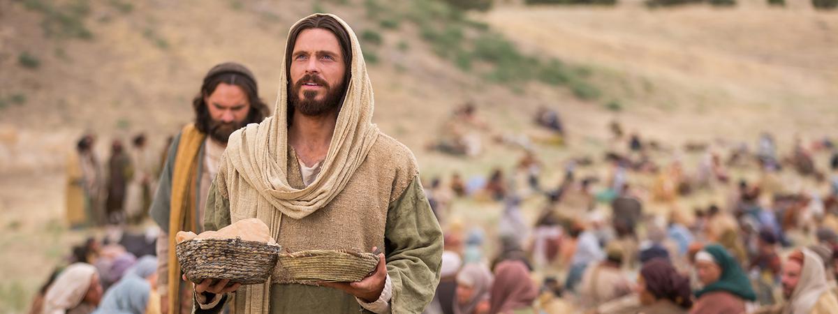 Christ feeding