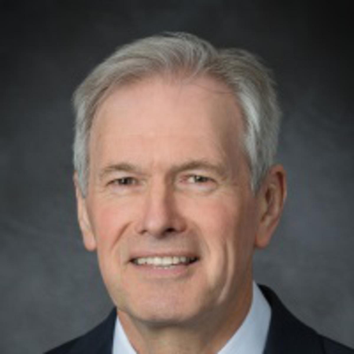 Vârstnicul  Robert A. Dryden