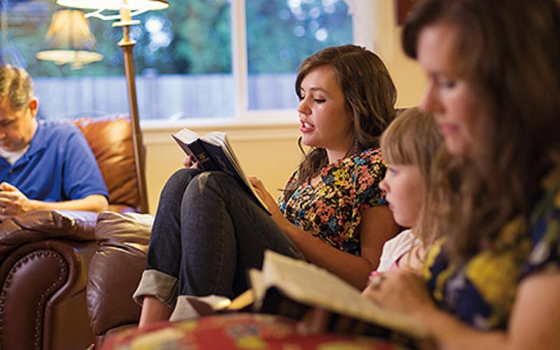 family-scripture-reading