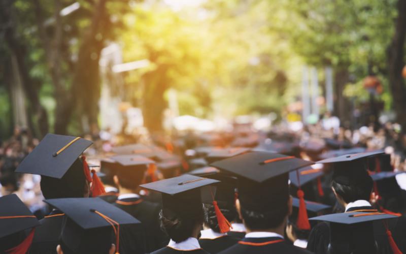 graduation_commencement_graduates