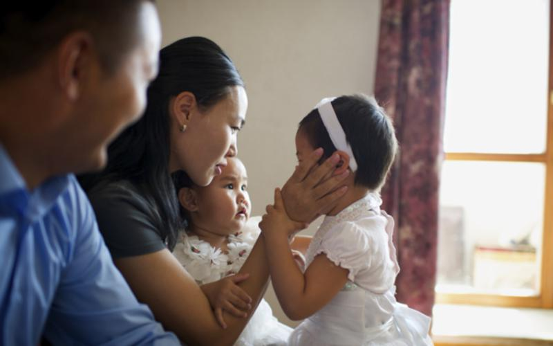 scripture_stories_mongolia_families