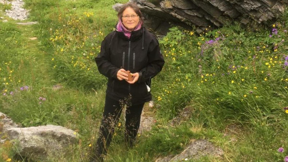 Anne Svendsen ute i naturen