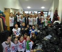 Kettering zbira donacije za begunce v Calaisu