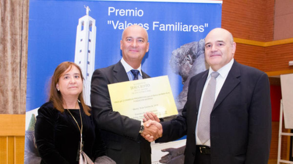 Cinco mil euros para la compra de dos cámaras frigoríficas para el Banco de Leche de Bebés