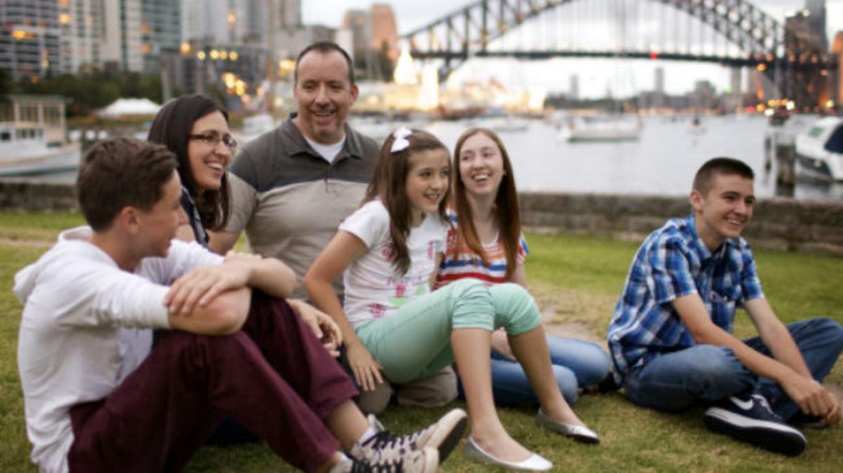 La Asociación de Familias Numerosas de Madrid recibe el III Premio Valores Familiares