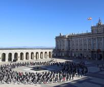 Acto de Estado en homenaje a las víctimas del coronavirus y reconocimiento a la sociedad en el Patio de la Armería del Palacio Real