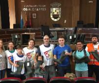 Voluntarios de la Iglesia de Jesucristo en el Ayuntamiento de Los Alcázares