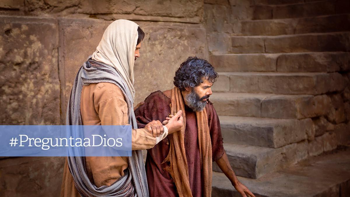 Jesús ayuda a caminar a un enfermo