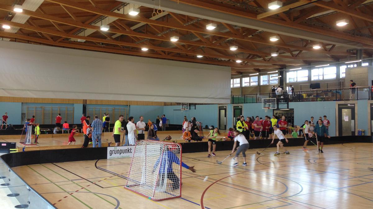 Fairplay beim Unihockey-Turnier des Pfahles St. Gallen
