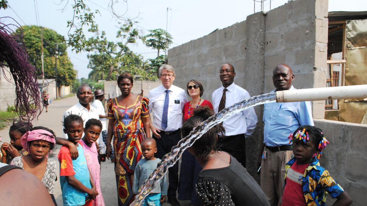 Ende Oktober 2018 kehrte das Ehepaar Gerlinde und Erwin Huber aus der Gemeinde Aarau des Pfahls Zürich wieder heim, nachdem sie ein Jahr lang in Afrika einen ehrenamtlichen, humanitären Missionsdienst ausgeführt hatten.