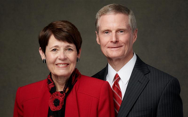 Elder und Schwester Bednar