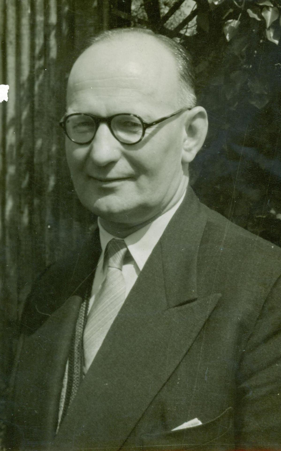 F. William Oates