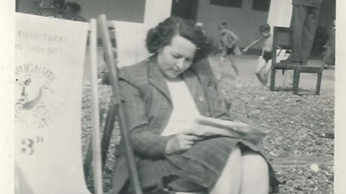 Molly Hamilton on Brighton Beach