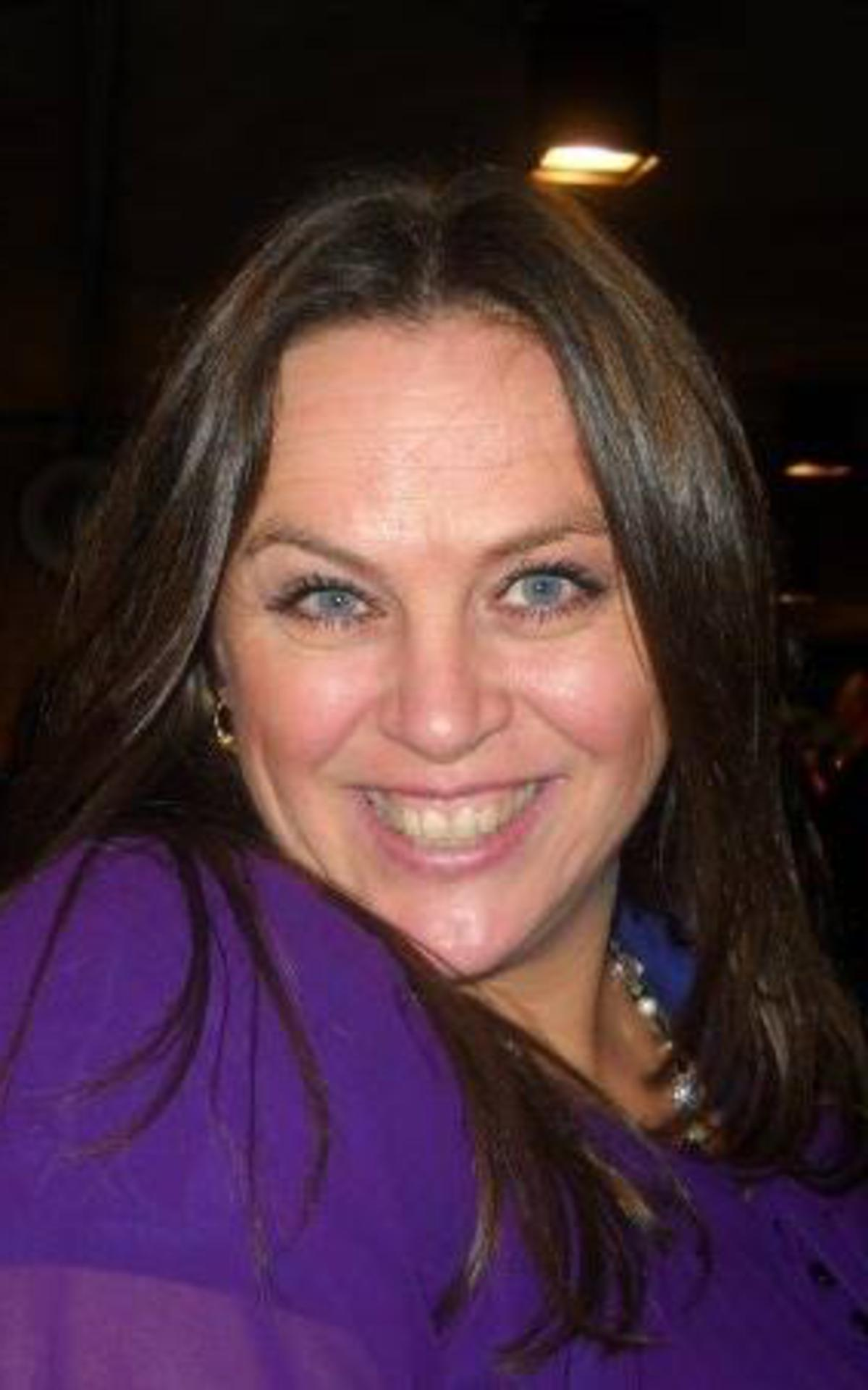 Iona Cavin