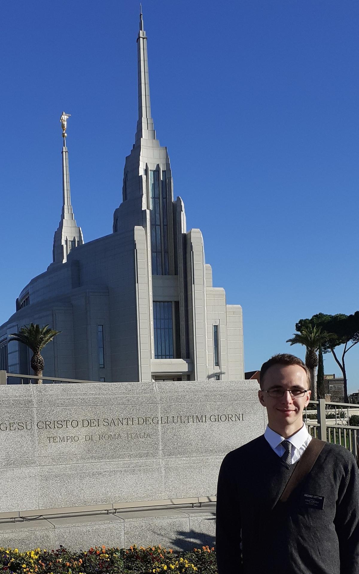 Elder Daniel Cottam next to the temple
