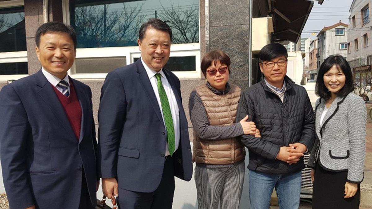 박성웅 형제님과 와다 장로님