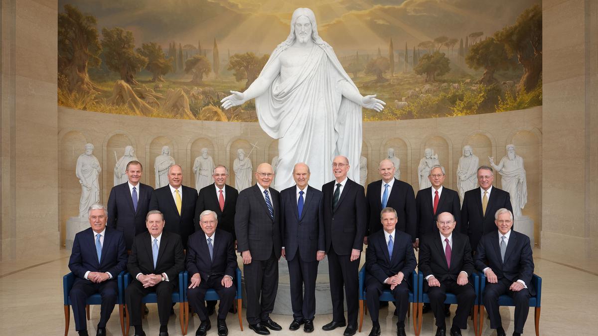 Profetas y apóstoles actuales de la Iglesia de Jesucristo de los Santo de los Ultimos Dias. Centro de visitantes de Roma.