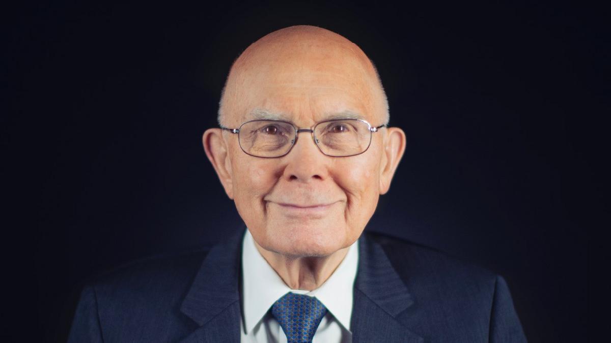 Prezidents Dalins H. Oukss