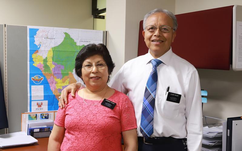 Misioneros mayores de tiempo completo en Sudamérica