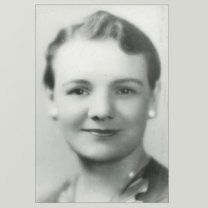 Aproximadamente en 1930. Editora final de la revista <i>Young Woman's Journal,</i> Brandley era una escritora y una oradora popular como miembro de la Mesa Directiva General de la Asociación de Mejoramiento Mutuo de las Mujeres Jóvenes, en la que prestó servicio desde 1924 hasta su muerte prematura en 1935.