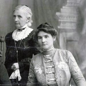 Emmeline B. Wells (standing) is pictured with Ida Smoot Dusenberry, who served on the Relief Society general board during Wells's administration. Dusenberry had served as a counselor in the Relief Society general presidency from 1901 to 1910. (Courtesy L.Tom Perry Special Collections, Harold B. Lee Library,                                         Brigham Young University, Provo, Utah, 84602.)