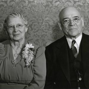 Left to right: Alice A. Robinson Richards and George F. Richards. (PH5397, Church History Library, Salt Lake City.)