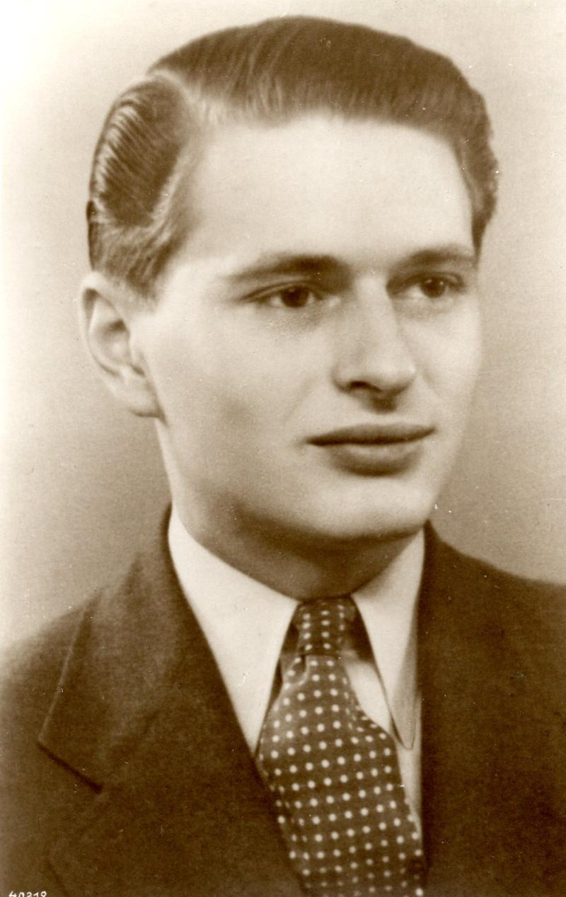 Bateman, Allen Russon
