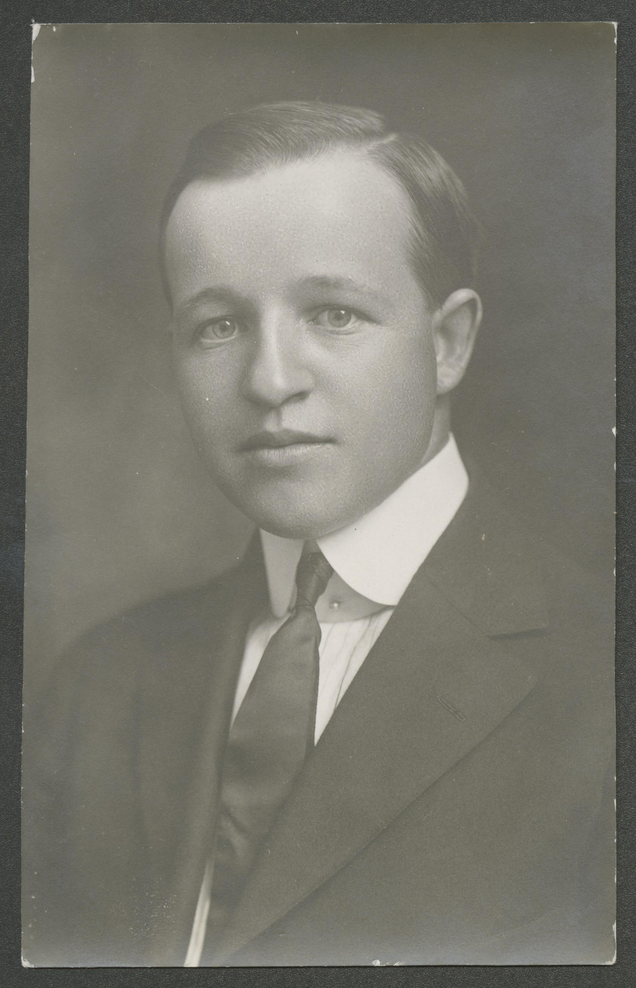 Robins, Leonard Alder