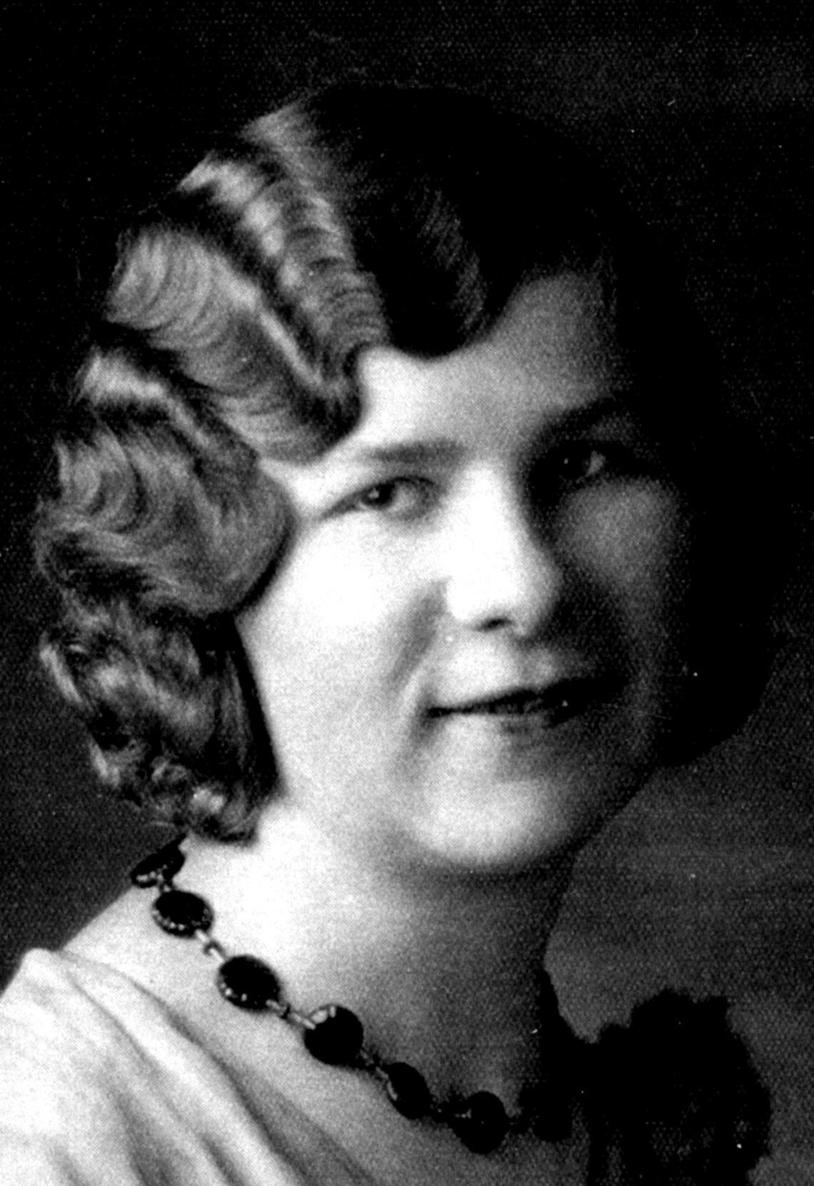 Arave, Clara Margaret