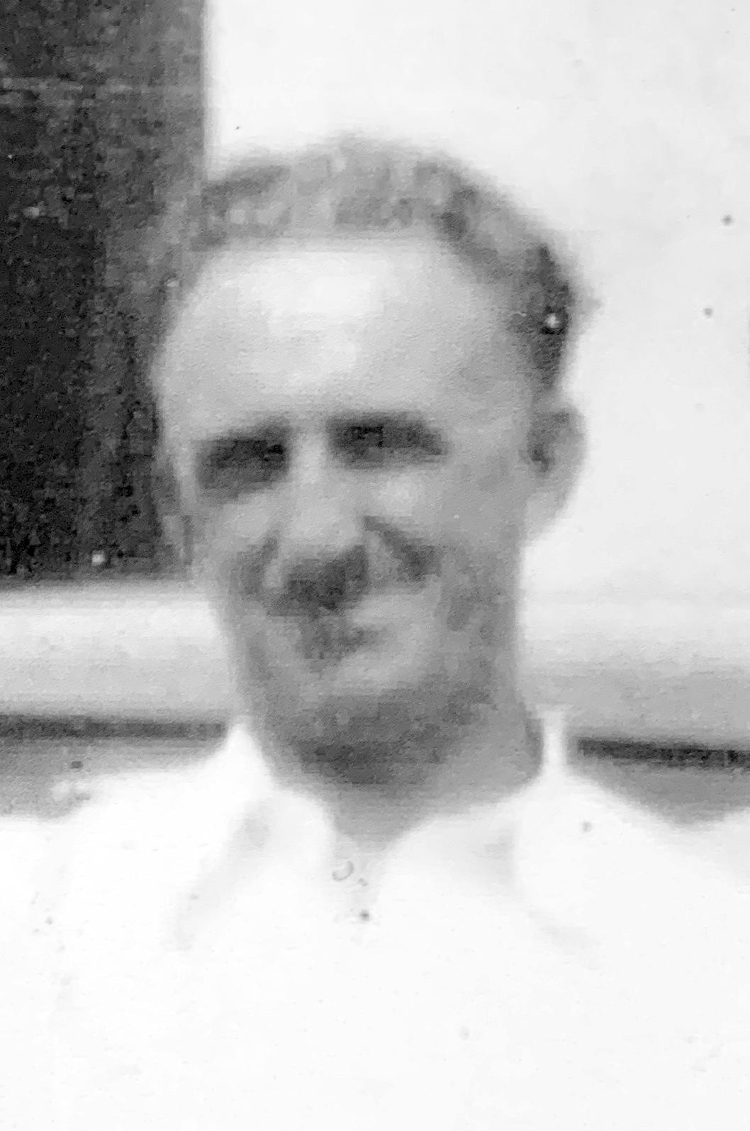 Arnold, Vernon Lester