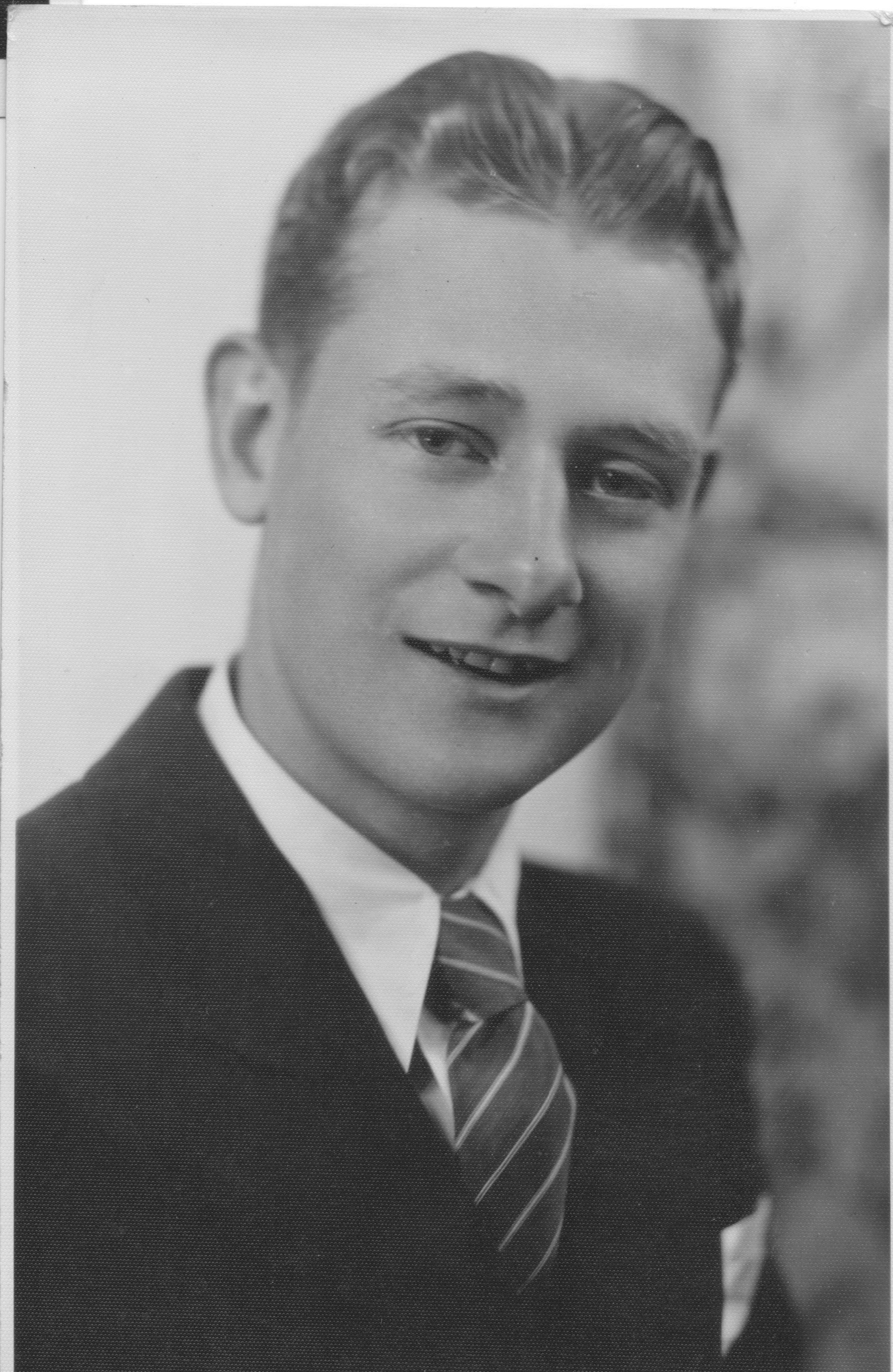 Broadbent, Charles Leroy