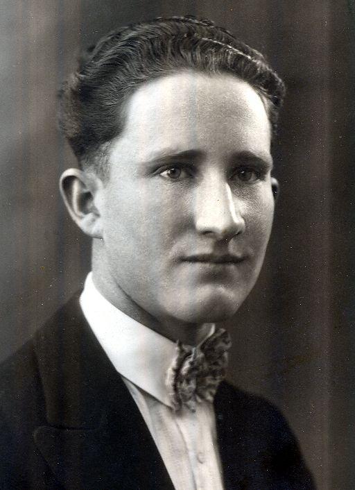 Blacker, Edward Loyn