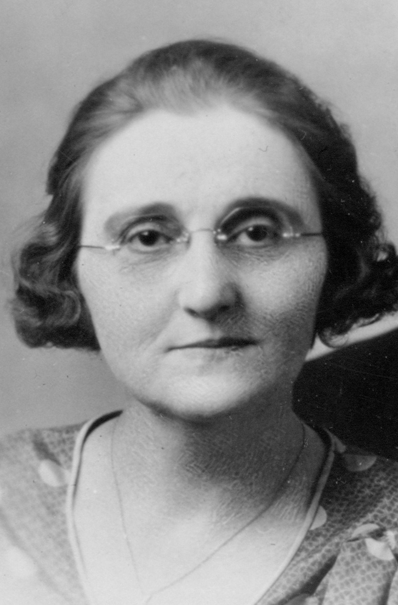 Beatie, Hazel Young