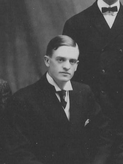Chamberlain, Archie William