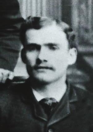 Castleton, Frank Moroni