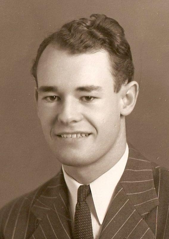 Chalker, Ralph Giles