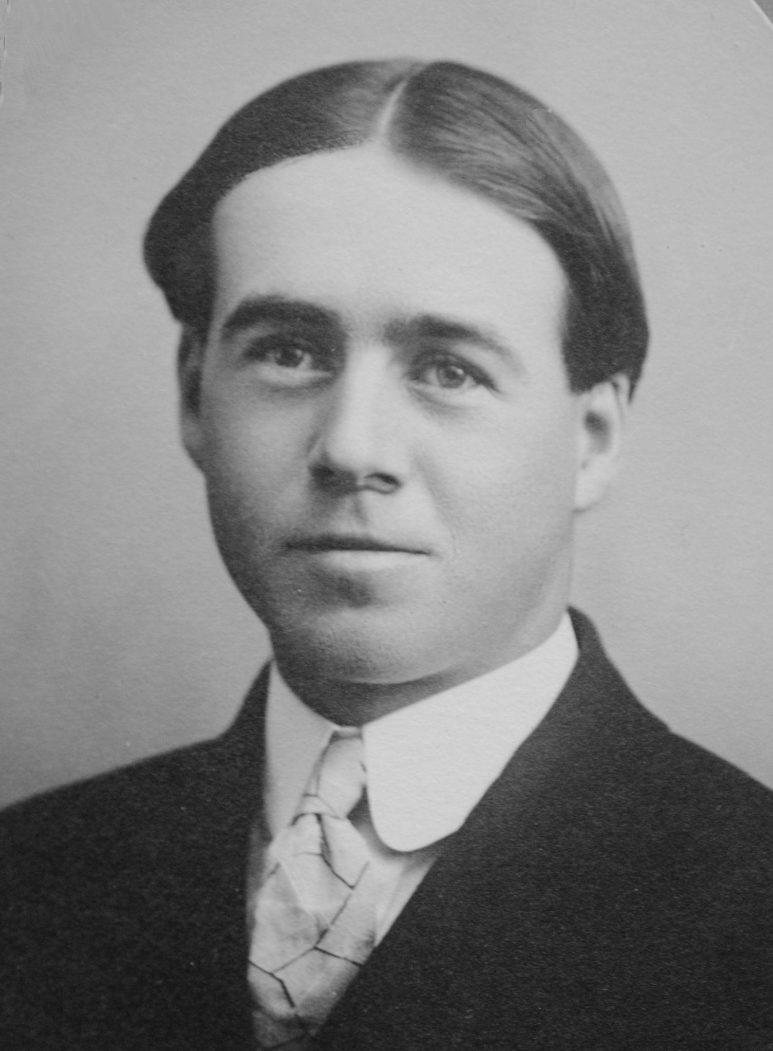 Curtis, Raymond Barker
