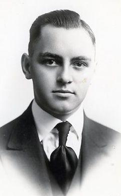 Castleton, Wallace Lowell