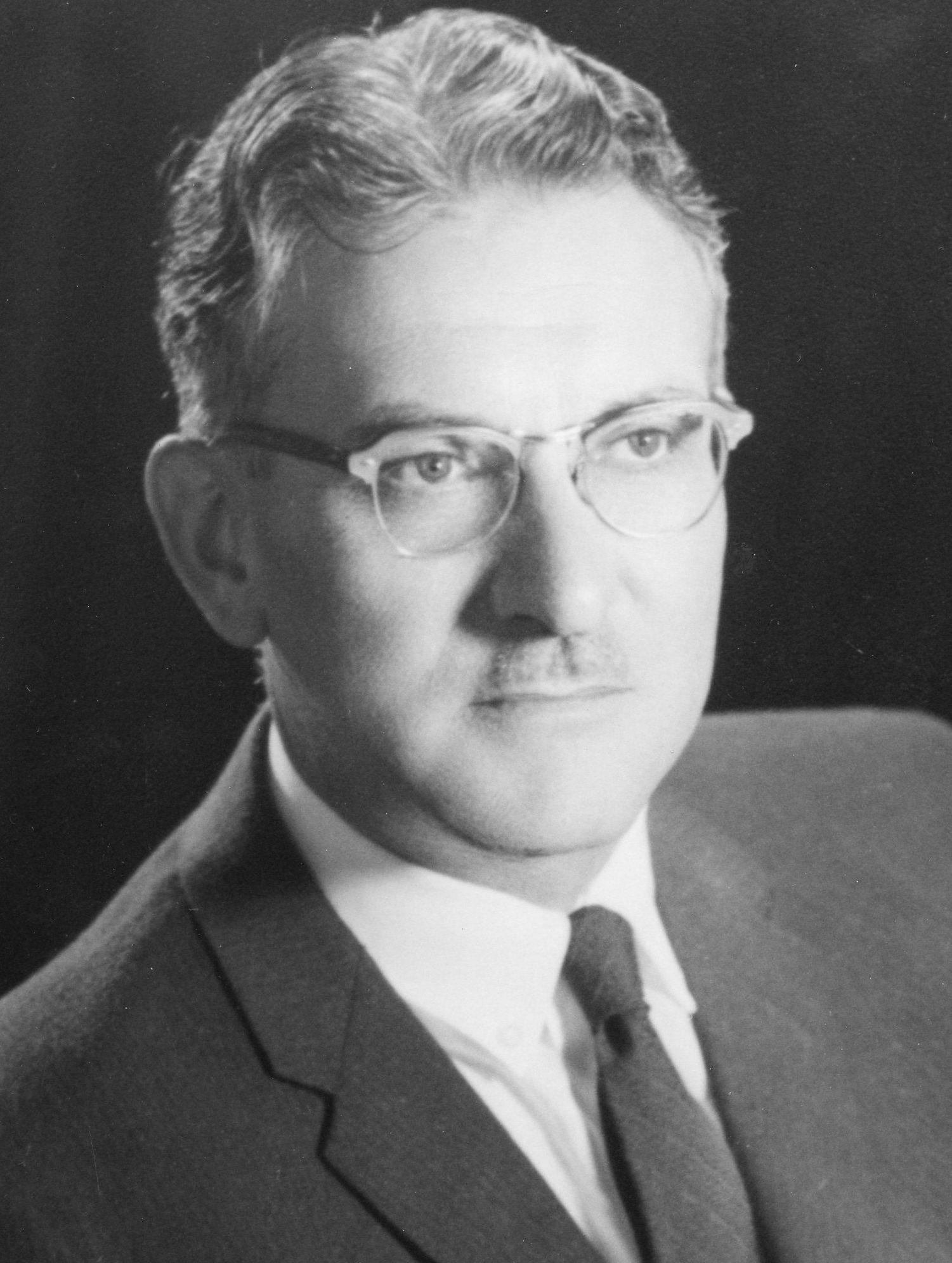 Daines, Robert Henry, Jr.