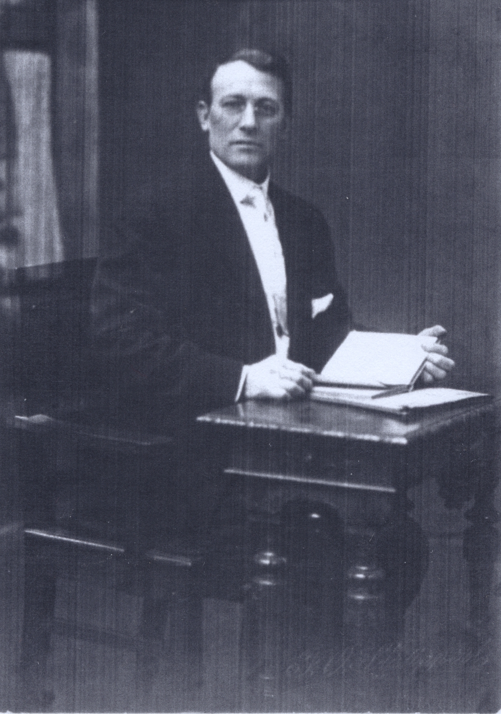 Dalebout, William