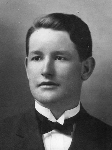 <p> ca. 1914</p>