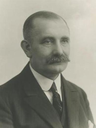<p> Portrait of John Soren Hansen, 1925 April.</p> <p> CHL PH 1700 1120</p>