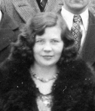 Hansen, Mae Louella